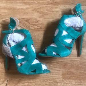 Zara Strappy High-Heel Sandals in Green,